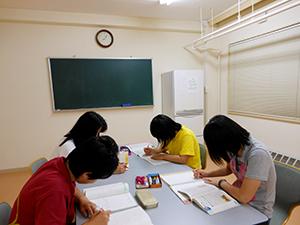 山村教育留学生はどんな毎日を送っているんですか?